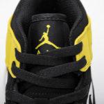 Air Jordan 1 Mid SE YELLOW TOE